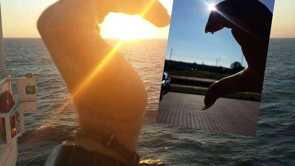 Jeszcze troszke i te połówki serduszek znowu będą złączone.  Odliczamy dni do przyjazdu M. Zdjęcie od M&M (marynarza Michała i marynarzowej Malwiny) Malwina Kacprzak