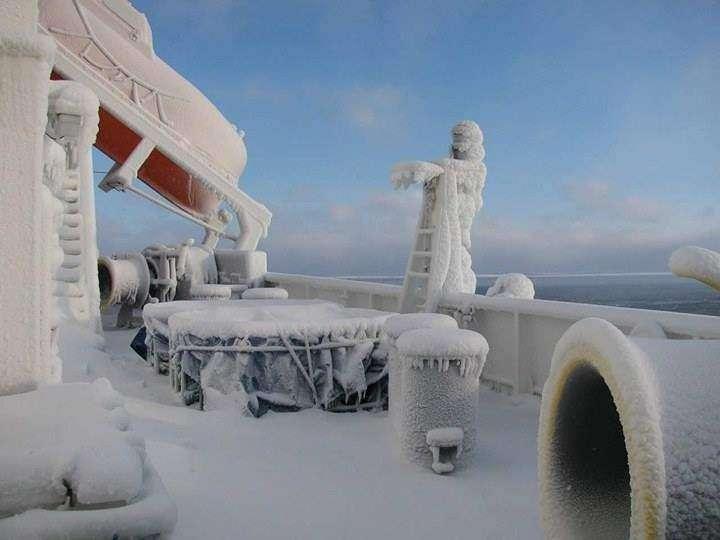 MV Valentina w śniegu i lodzie Patrycja Tojza