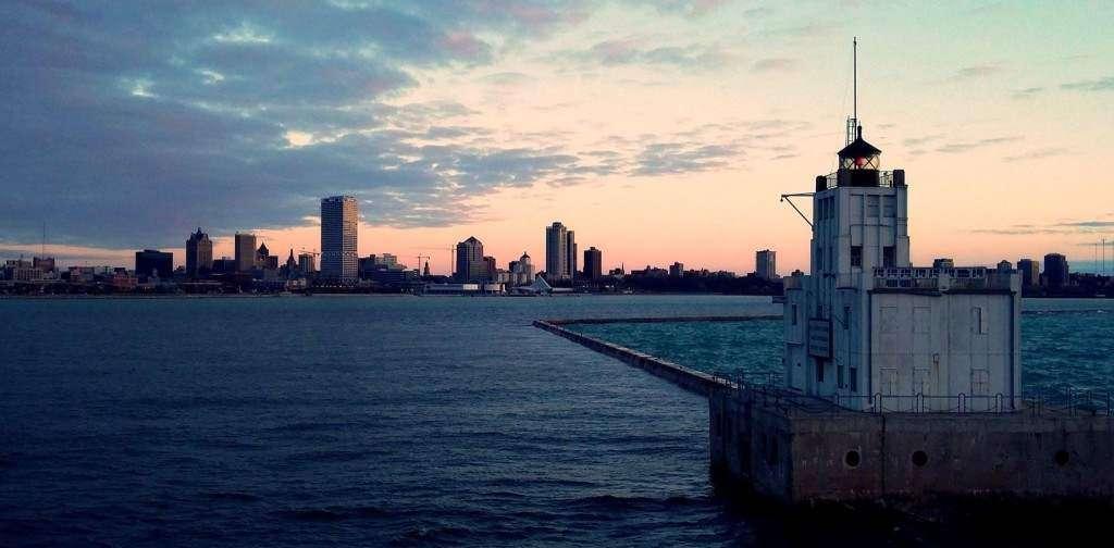 Milwaukee o wschodzie Słońca Grzegorz Brzózka