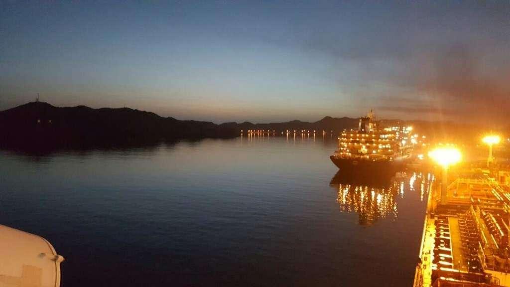 Puerto La Cruz, Wenezuela ok 4 rano, wyjście z port Ewa Mysłek — kopia