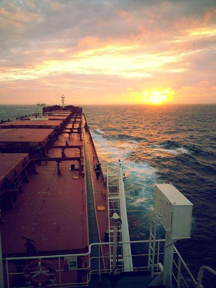 zdjęcie zrobione zaraz po wyjściu z portu na taiwanie. Robert Korzeń